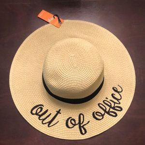 Accessories - Out of Office Floppy Straw Beach Hat Sun Hat